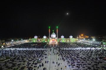 تصاویر / مراسم عزاداری شب تاسوعای حسینی در مسجد مقدس جمکران