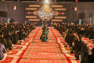 تصاویر/ مراسم سوگواری  هیئت فدائیان حسین(ع) در دانشگاه آزاد اسلامی اصفهان