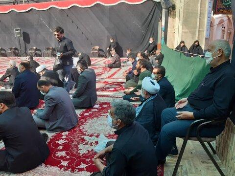 تصاویر/ عزاداری صبح تاسوعای حسینی درزیارت سلطان امیراحمد(ع) کاشان با حضور نماینده ولی فقیه