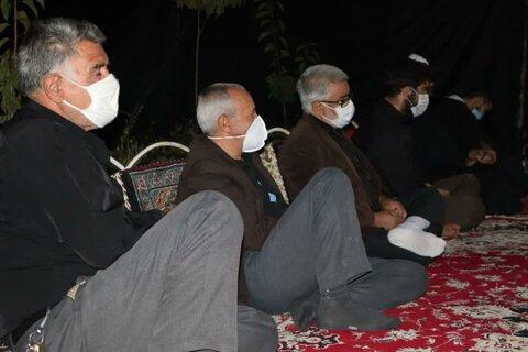 تصاویر/ نشست بصیرتی عاشورا در مدرسه علمیه قروه با حضور امام جمعه شهرستان