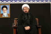 فیلم | سخنرانی حجت الاسلام والمسلمین عالی شب عاشورا در حضور رهبر معظم انقلاب
