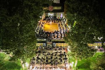 تصاویر/ مراسم عزاداری شب عاشورا در مدرسه علمیه امام صادق(ع) اصفهان