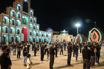 تصاویر/ مراسم عزاداری شب  عاشورای حسینی در اردکان