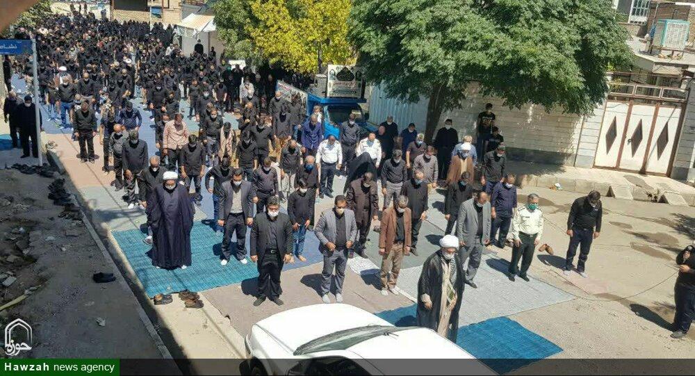 تصاویر/ اقامه نماز ظهر عاشورا در استان قزوین
