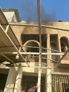 """معترضان عراقی ساختمان شبکه هتاک """"دجله"""" را به آتش کشیدند+ فیلم"""