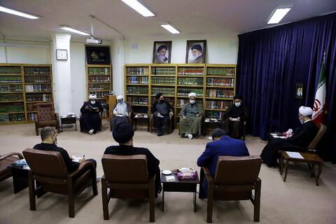 تصاویر/ دیدار هیئت رئیسه مجمع نمایندگان طلاب با آیت الله اعرافی