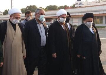 مسئولان نهاد رهبری وارد سنندج شدند/ تودیع و معارفه نماینده ولی فقیه در کردستان