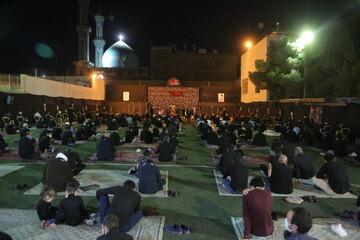 فیلم | دومین شب عزاداری امام حسین(ع) در هیئت هنر و رسانه استان قم