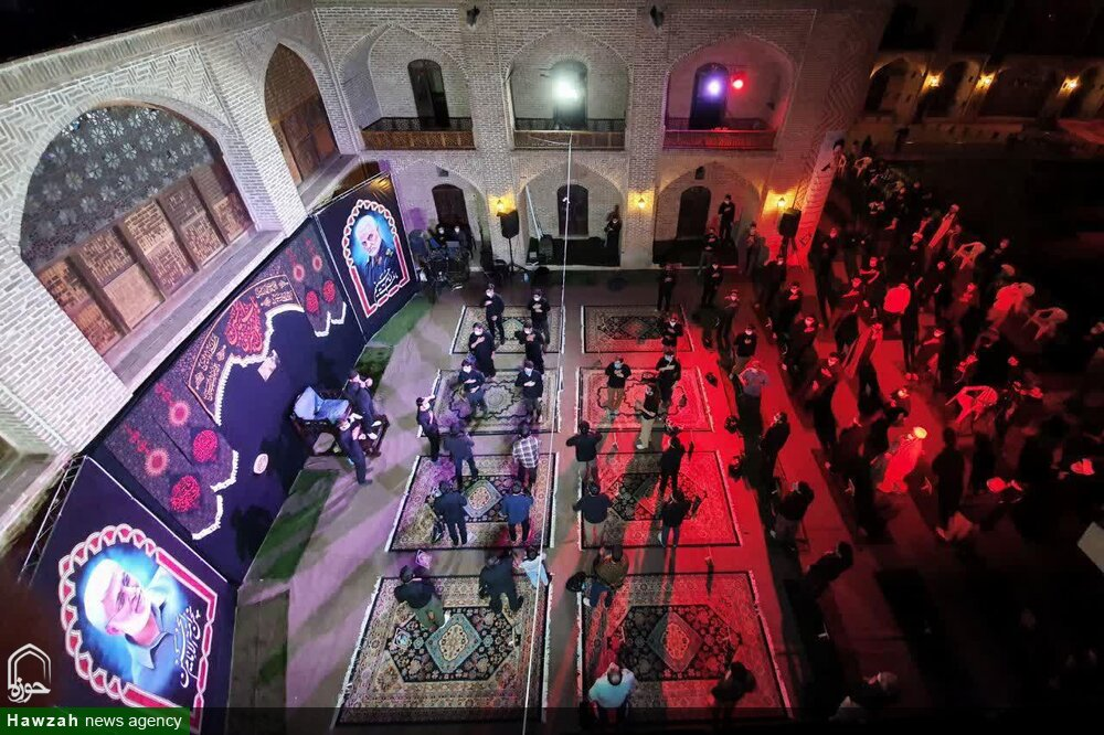 تصاویر/ شب اول اقامه عزای اباعبدالله الحسین(ع) در مدرسه صالحیه قزوین