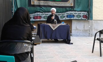 جنب و جوش علمی در حوزه علمیه خواهران قزوین آغاز شد + عکس