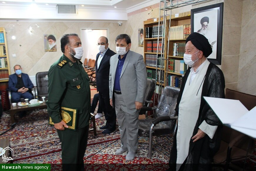 تصاویر/ نشست تجلیل از خیرین و فعالین کمیته استانی مواسات و همدلی در سمنان