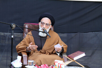 آیت الله موسوی اصفهانی: ۷۰ روستای همدان روحانی ندارد