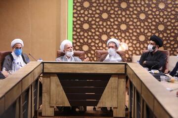 تصاویر/ نشست هم اندیشی نمایندگان استانی دفتر اجتماعی سیاسی حوزه در قم (۲)