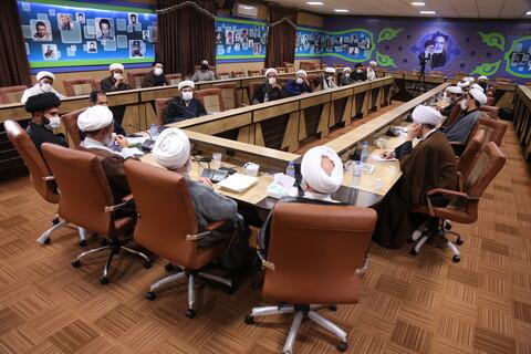 تصاویر/ نشست هم اندیشی نمایندگان استانی دفتر اجتماعی سیاسی حوزه (2)