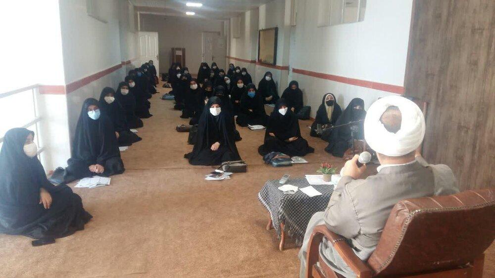 بانوان طلبه تبریزی سال تحصیلی را آغاز کردند