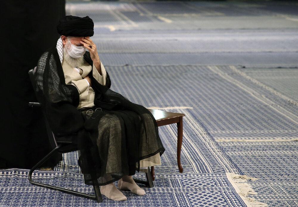 تصاویر/ مراسم عزاداری روز شهادت حضرت امام سجاد علیهالسلام با حضور رهبر معظم انقلاب