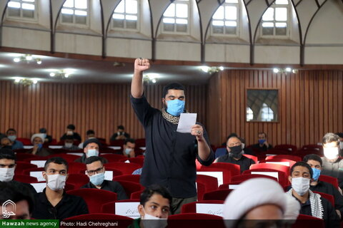 """بالصور/ انعقاد مؤتمر """"الجبهة العالمية لشباب المقاومة"""" السابع في مدرسة دار الشفاء العليا بقم المقدسة"""