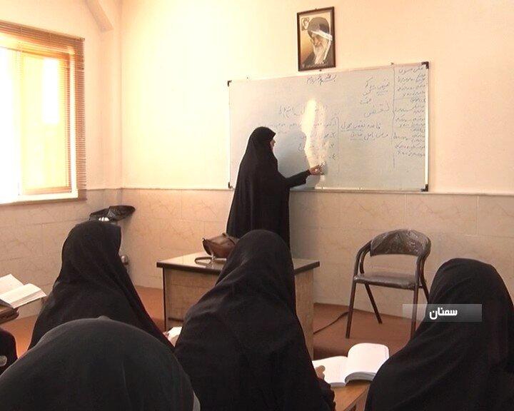 سال تحصیلی حوزه علمیه خواهران قزوین رسماً آغاز شد