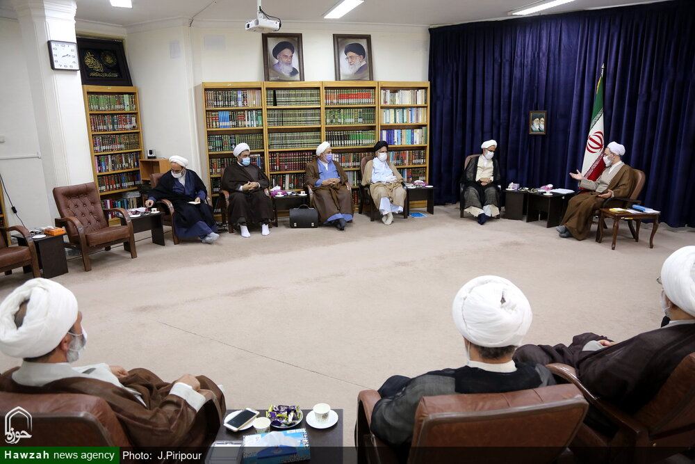 تصاویر/ دیدار اعضای شورای عالی بسیج با آیت الله اعرافی
