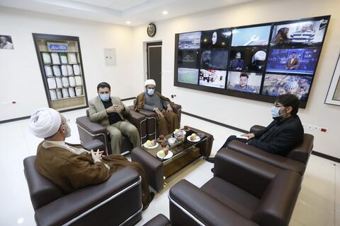 تصاویر/ حضور آیت الله اعرافی در شبکه استانی دنا