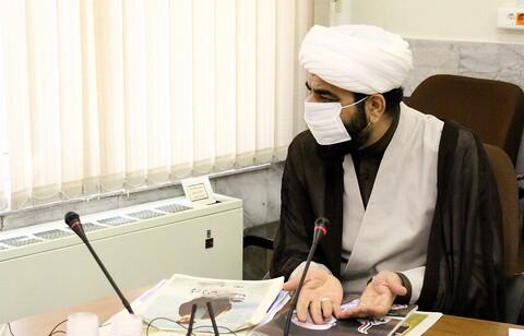 تصاویر/ دیدار مسئول مرکز رسانه و فضای مجازی حوزه های علمیه با آیت الله بوشهری، حجت السلام برته