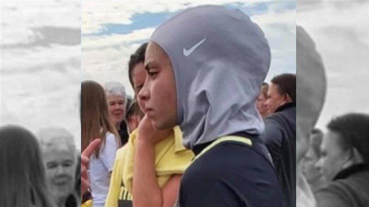 محرومیت دختر نوجوان در آمریکا از مسابقات والیبال به خاطر حجاب