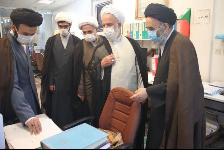 بازدید رئیس دفتر مقام معظم رهبری در قم از موسسه امام هادی علیه السلام