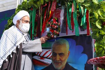 امام جمعه قزوین زنگ مقاومت، ایثار و پیروزی را در قزوین نواخت