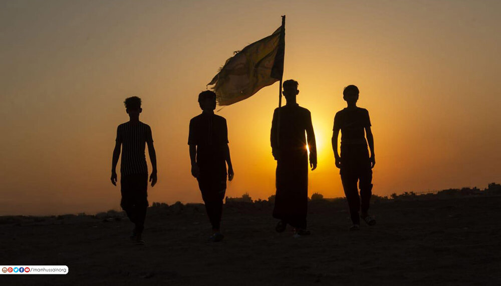 تصاویر/ پیاده روی زائران اربعین حسینی در مسیر کربلا