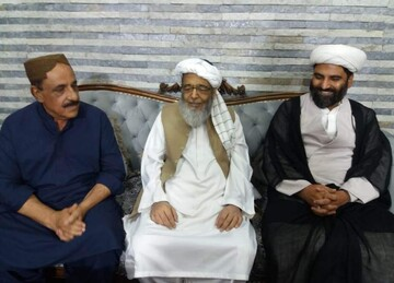 ایم ڈبلیو ایم رہنماء علامہ مقصود ڈومکی کی ترجمان  جمیعت علمائے اسلام حافظ حسین احمد سے ملاقات