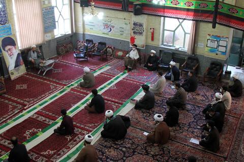 تصاویر/ برگزاری نشست بصیرتی در مدرسه علمیه آیت الله آخوند با حضور نماینده مردم همدان در مجلس شورای اسلامی