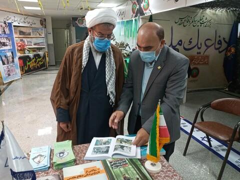 تصاویر/ بازدید مدیر حوزه سمنان از نمایشگاه دستاوردهای دفاع مقدس سمنان