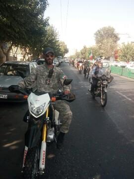 پیام شهدا در فضای تهران منتشر شد