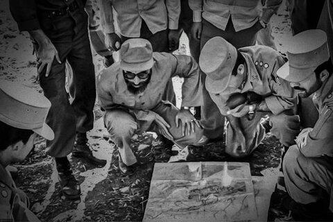 تصاویری از رهبر انقلاب در دوران دفاع مقدس