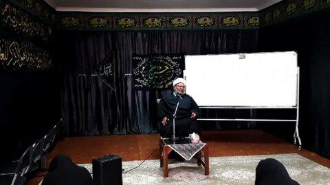 نشست اخلاقی خانواده  که به صورت تلفیقی(مجازی-حضوری) ویژه اساتید و طلاب بافقی