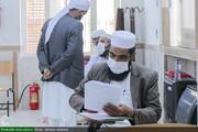 بالصور/ اختبار طلاب أهل السنة لتحديد مستواهم العلمي في محافظة خراسان الجنوبية شرقي إيران