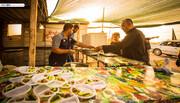 بالصور/ موائد اطعام فاقت حدود الكرم وخدمات لاتقدم الا لزوار الامام الحسين (ع)