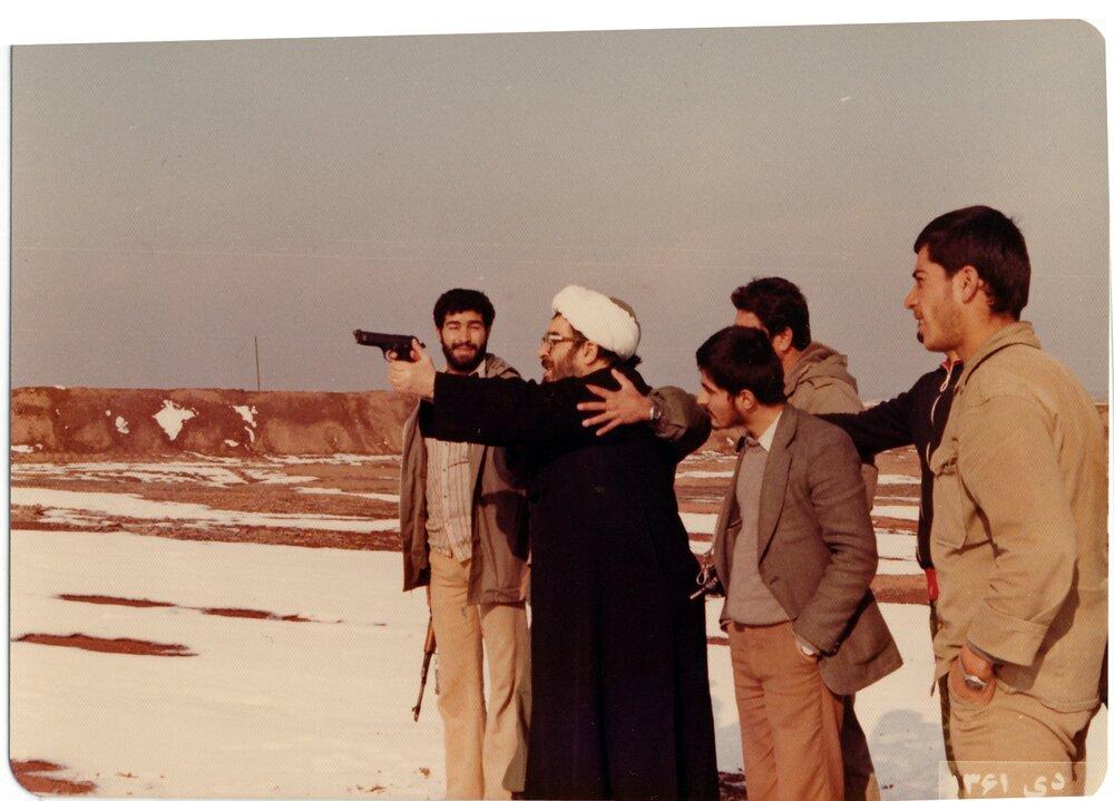 تصاویری از آیت الله العظمی فاضل لنکرانی در دوران دفاع مقدس