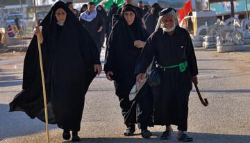 تصاویر/ حضور سالخوردگان در راهپیمایی اربعین