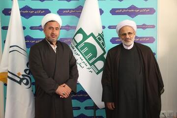 بازدید رئیس کمیته فرهنگی ستاد مرکزی اربعین از دفتر خبرگزاری حوزه در قزوین + عکس