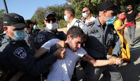 الشرطة الإسرائيلية تعتقل 4 أشخاص شاركوا في تظاهرات مناهضة لنتنياهو