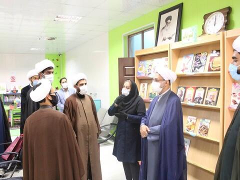 تصویر/ دیدار مدیر کل کتابخانه های عمومی استان هرمزگان با مدیر حوزه علمیه هرمزگان