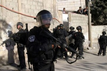 Ten Palestinians detained, including a disabled man, child