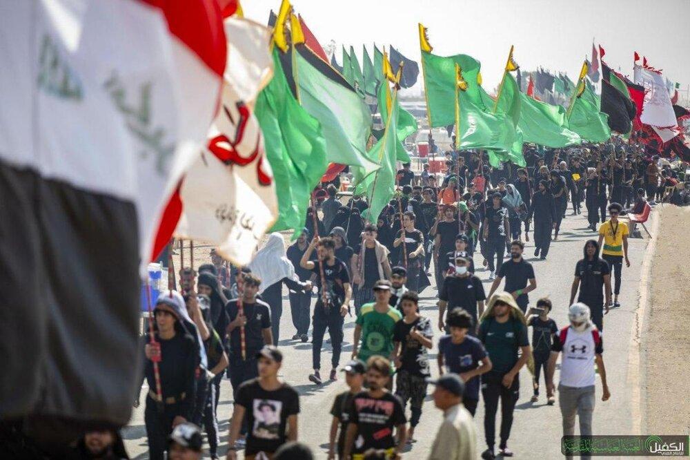 تصاویر/ پیاده روی زائران اربعین حسینی در مسیر کربلای معلی (۲)