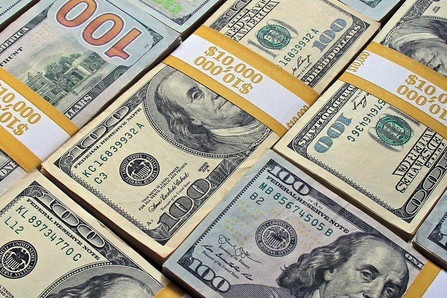 دلار مجبور به عقب نشینی شد