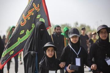 اندوه موکبهای اربعینی از عدم حضور ایرانیها/ زائران عکس حاج قاسم و ابومهدی را همراه دارند