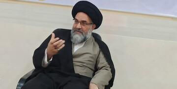 ایرانی ها رنج های زیادی از استکبار کشیده اند/ ملت ایران ذلت تسلیم را نمی پذیرد