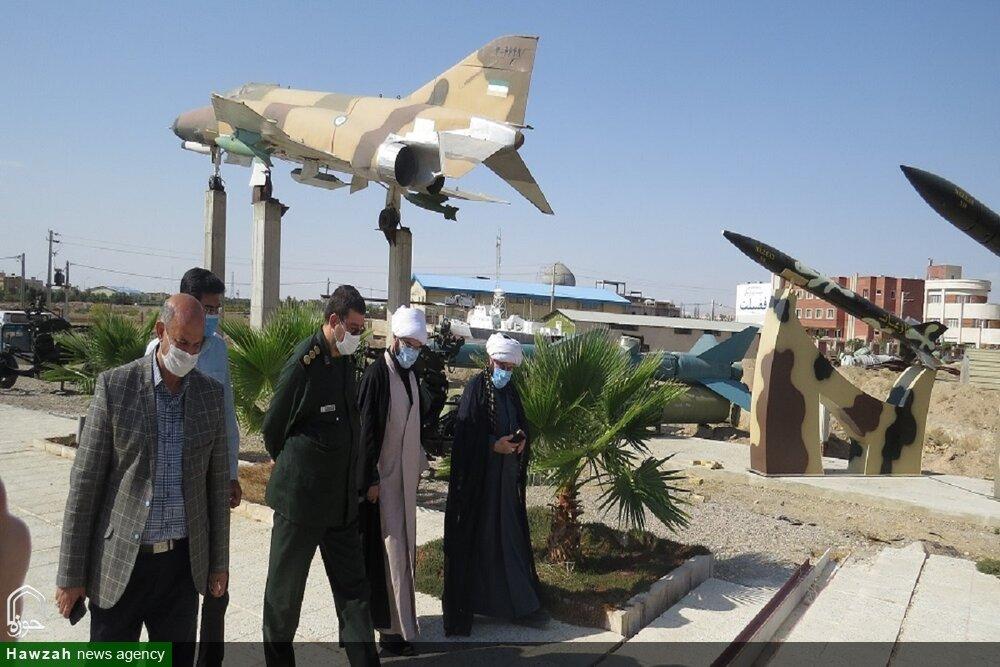 تصاویر/ بازدید رئیس عقیدتی سیاسی بنیاد حفظ آثار دفاع مقدس از موزه دفاع مقدس سمنان
