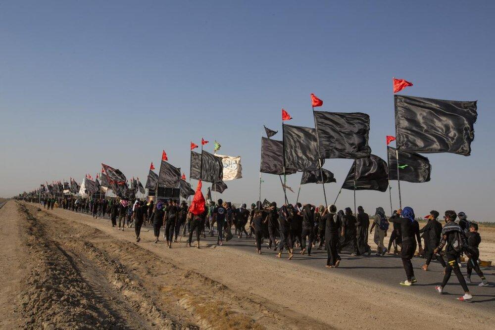 تصاویر/ پیاده روی زائران اربعین حسینی در مسیر کربلای معلی (۳)