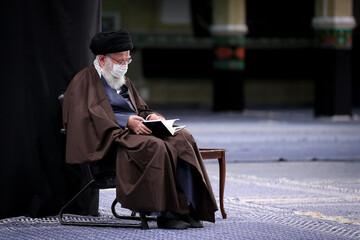 Recitation of the Arbaeen supplication alongside Imam Khamenei